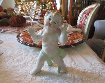 JAPAN OCACCO CHERUB Figurine