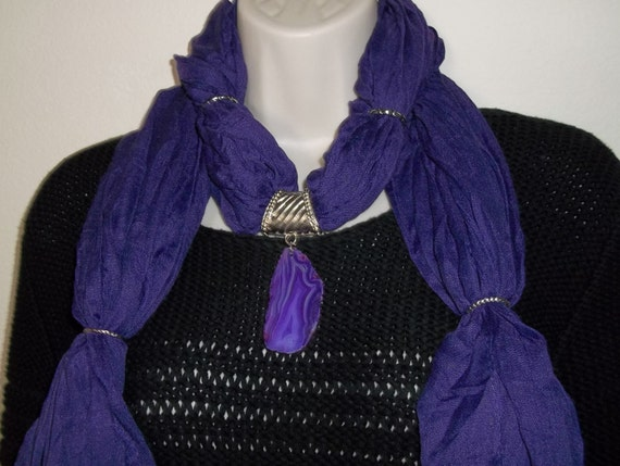 Royal Purple Hand Crafted Scarf Necklace Silver Tone w/ Purple Striped Agate Geode Slice Pendant