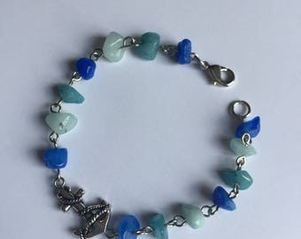 Anchor Sea Glass Chip Beaded Bracelet