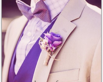 Boutonniere, mix flowers. Groom boutonniere.