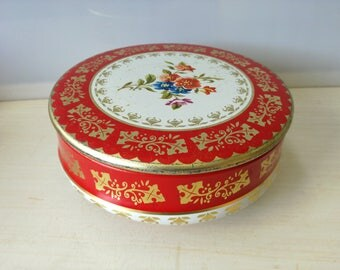 Vintage grandma cookie tin