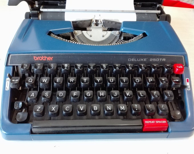 Brother deluxe 250tr typewriter
