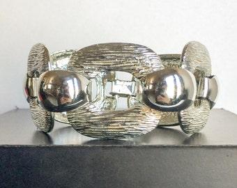 Vintage 1960's Leru Inc. Chunky Circle Silver Toned Textured Metal Link Bracelet