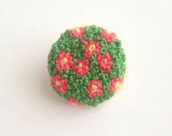 Red and green flowers hand embroidered pin