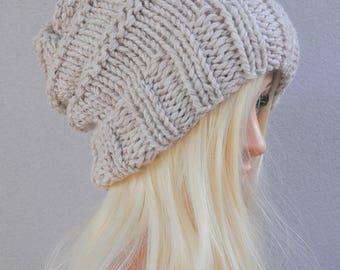 Slouchy hat. Beanie. Beige chunky knit hat. Hand knit beanie Gift for her. Slouchy beanie. Slouch hat. womens beanie. Gift under 50