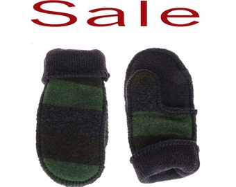 Wool Felted Mittens - READY TO SHIP - recycled sweaters mittens - women small - teenager -  Eco friendly - gift for her