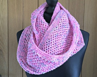 Knitted circle scarf, chunky knit scarf, luxury knitwear, infinity scarf, luxury knit scarf, pink snood, pink loop scarf, marshmallow
