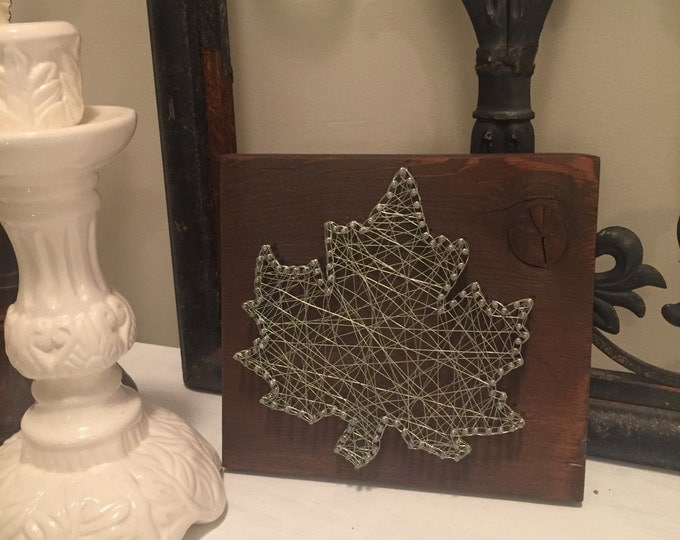 Maple leaf wire art