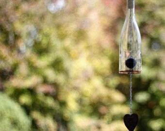 Clear Wine Bottle Wind Chime - Gift Ideas - Outdoor Decor - Wedding Gift - Garden Gift - Wine Bottle Decor - Seasonal Decor - Windchime