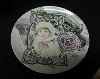 "Vintage Gloria Vanderbilt Collectible Plate by Taste Setter 8"" Diameter Based on Her Collage Work Fond Memories"