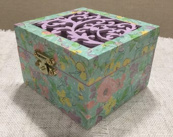 Wooden trinket box  / decorated trinket box  / decoupaged box