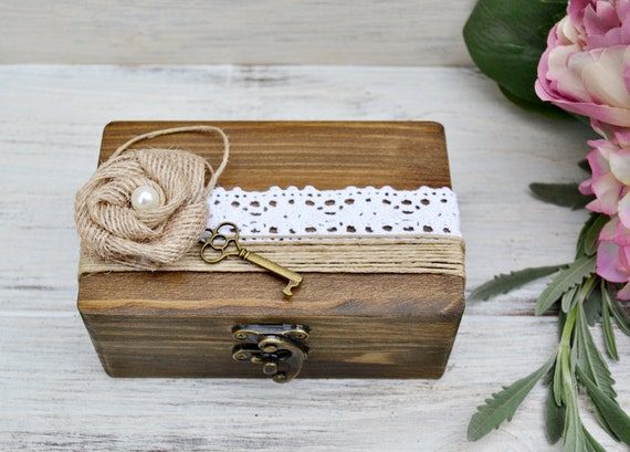 Caja madera anillos boda encaje flor arpillera personalizado - Caja rompecabezas ...