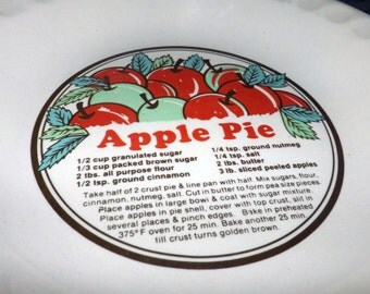 Vintage (c.1980s) Sunnycraft | Sunny's Pride stoneware pie plate with central recipe and images for Apple Pie.