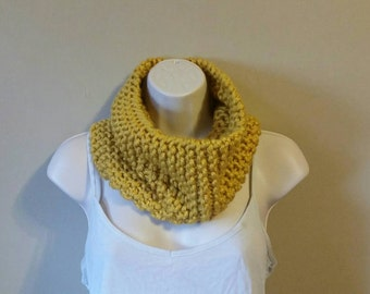 Handmade Yellow Knit Cowl/ Yellow Chunky Knit Cowl/ Yellow Chunky Cowl Scarf/ Knit Cowl/ Handmade Chunky Cowl/ Ready to Ship Cowl