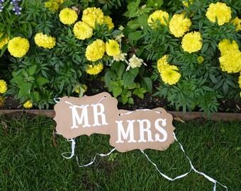 Vintage, Mr. & Mrs. signs, wedding, photo box
