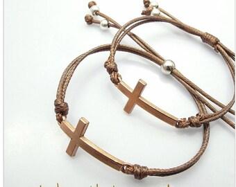 Bracelet cross adjustable cord