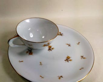 Vintage Set Of 4 Snack Plates And 4 Oz. Cups By Sango/Yellow Chintz/Fine China/ Excellent Condition