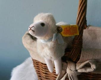 Cute STEIFF stuffed little lamb! Flori plush sheep 1978 - 1987