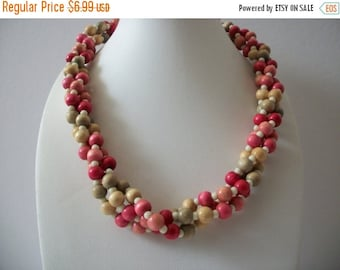 ON SALE Vintage Colorful Wooden Shorter Length Necklace 110816