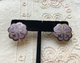 Vintage cloisonné earrings, cloisonné stud earrings, lavender purple enamel earrings, cloisonné earrings, vintage stud earrings E63