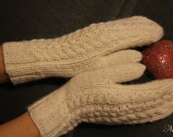 Hand-knitted mittens / Long  mittens / 100% pure wool / Warm winter mittens.