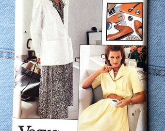 UNCUT Vintage Vogue Career Sewing Pattern | 7157 Size 8-10-12 | Blazer and shirt dress with long or short sleeves