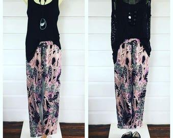 Printed slim leg pants
