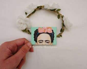 Mini canvas to legendary Mexican painter Frida Kahlo, desk, original, hand-painted acrylic on canvas 5 x 7 cm