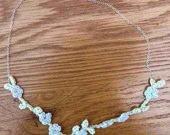 Forget-me-not flower crochet necklace