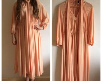 Beautiful 1970s salmon pink gown