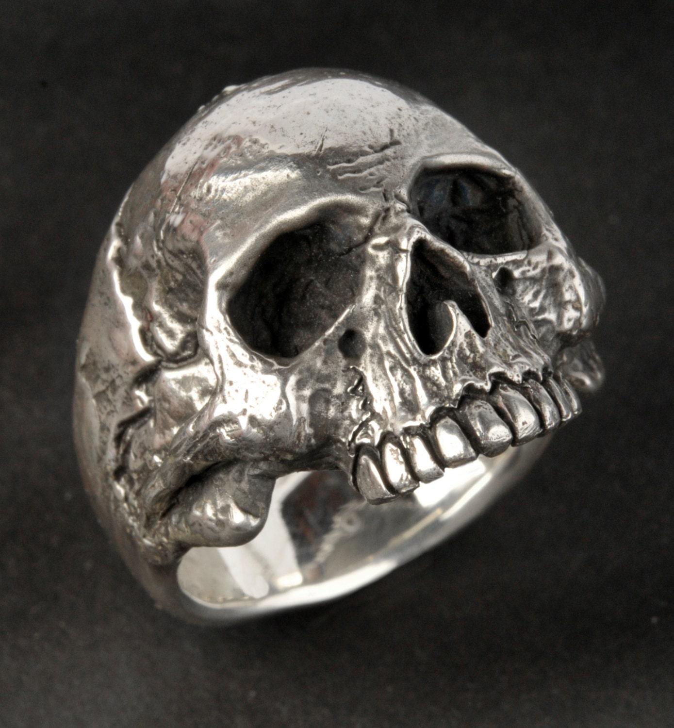 Skull Ring Small Medium size Silver Skull Ring Mens or