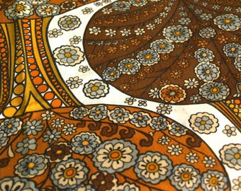 Vintage Daisy Flower Power Psychedelic Fabric - Retro 70s Material Craft Projects Cotton Paisley Cloth Orange Brown Grey