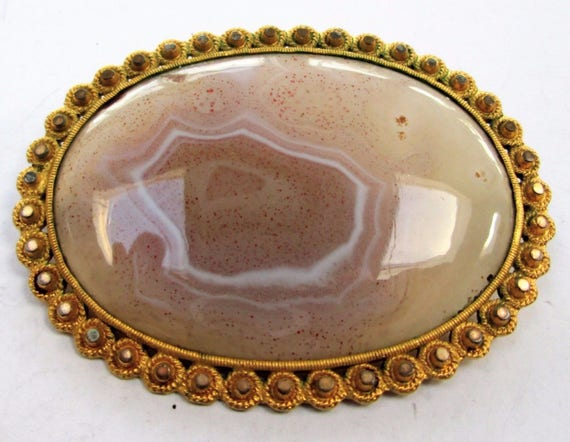 Lovely vintage  Scottish agate stone brooch 2.3 inches