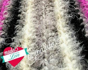 Crochet loop in the