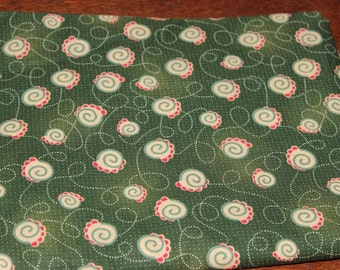 Green background fabric with snail-like cream areas/Quilting fabric/100% cotton/HIGH QUALITY