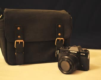 Genuine Leather camera bag - borsa fotografica con tracolla - messenger - mirrorless - reflex - black - on sale