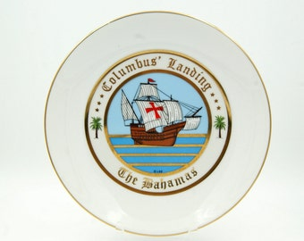 The Bahamas Souvenir Plate, Columbus' Landing Commemorative Dish, Ships Santa María Pinta and Niña, Wall Decor