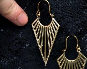 Boho triangle earrings gold brass geometric geometry arrow pointed hoop ethnic indian tribal gypsy bohemian festival long dangle BE50
