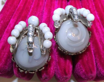Miriam Haskell Silver / Gray Slag Glass & Baroque Pearl Earrings ~ Vintage Signed Designer Clip on Earrings ~ Miriam Haskell Art Glass Pearl