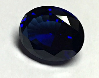 Sapphire Blue Dark. Oval 10x8mm. 3 Ct. Created Gemstone Monosital.