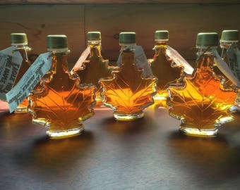 Maple Syrup in 50 ml Maple Leaf bottle