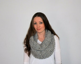 Knit Chunky Scarf, Knit Cowl Scarf, Knitted Infinity Scarf, Grey Knit Infinity Scarf - Urbandale Scarf Grey Marble
