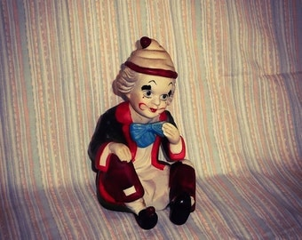 Clown Figurine  #3    Wow this is a real find..Mid MedCentury Modern.......in Excellent Condition