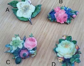 Beautiful Blooms // Vintage style flower brooch