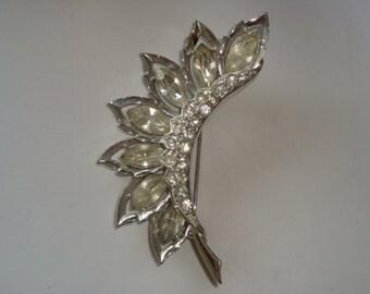 Phenomenal Leaf Design Rhinestone Brooch