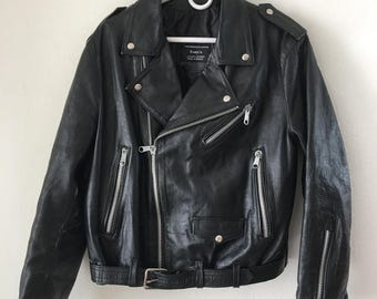 Real motorcycle jacket from leather, soft and genuine leather retro vintage style with zippers stylish men's black color jacket size-medium.