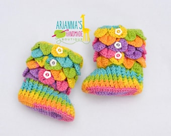 Crochet baby shoes / Baby boots /Crocodile stitch booties / Baby booties / crochet booties / Rainbow booties / Baby shoes / Baby shower gift