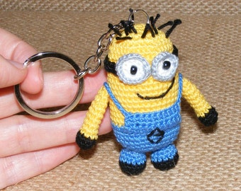 Minion, crochet minion, amigurumi minion, keychain minion, toy minion, two eyes minion, tiny toy amigrumi, key ring minion, tiny minion