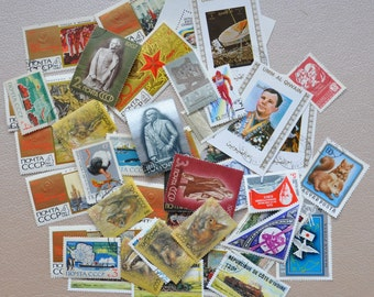 Lot of 75 vintage international stamps. Stamps of different countries. Collectible stamps.