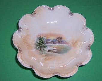 Vintage  Christmas Bowl, Berry Bowl, Desert Dish, Japan, 1940's, Lusterware, Snow, Winter, Porcelain